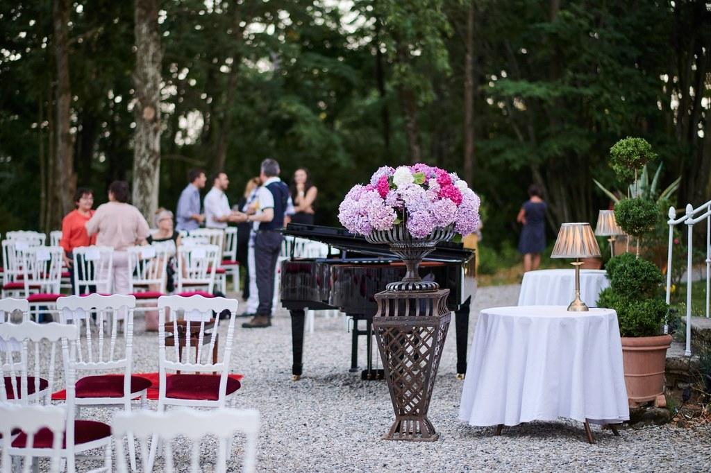 ambiance champetre et chic pour une soirée inoubliable au chateau Chavagnac